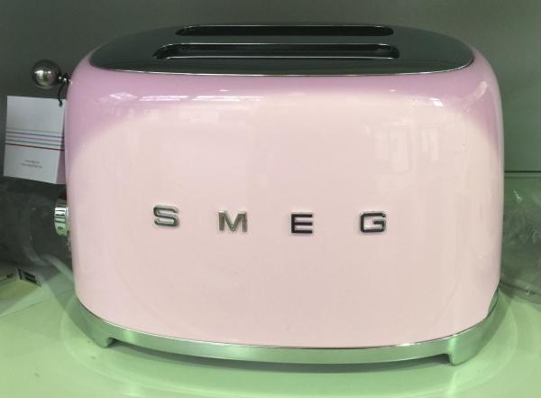 Smeg TSF01PKEU Toaster im 1950er Design